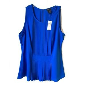 Ann Taylor Blue Pleated Front Sleeveless ToP